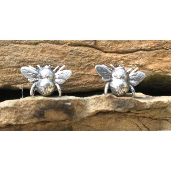 Bee Tassel Envy Studs